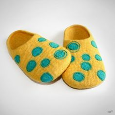 My little spotted slippers /size US 5 ♡ by Onstail on Etsy