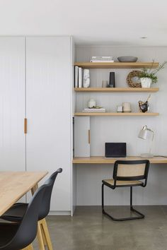 Cute way to bring in shelving in the girls room / or little desk nook - storage - yes please! - Cute way to bring in shelving in the girls room / or little desk nook - Desk Nook, Office Nook, Home Office Space, Home Office Design, Home Office Decor, Spare Room Office, Office Workspace, Kitchen Desk Areas, Kitchen Desks