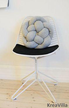 KreaVilla: Homemade pillow, DIY