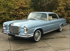 1972 Mercedes Benz 280 SE 3.5 Coupe.