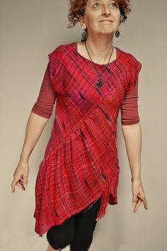 Summer Ablaze garment - Love it http://curiousweaver.id.au/archives/2266