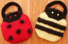 Handbugs Crochet Pattern