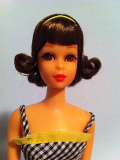 1969 TNT Short Flip Francie with hair and make-up by Mikelman. One of my faves! Vintage Barbie, Childhood Memories, Short Hair Styles, Dolls, Disney Princess, Face, Bob Styles, Baby Dolls, Short Hair Cuts