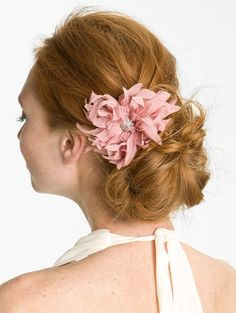 Savvy Mode: Dressing up the Hair: All About Hair Accessories