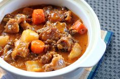 This Slowly Braised Oxtail with carrots, parsnip and turnip in tomato sauce is one of the best soul food you will ever have, its so delicious and very comforting.