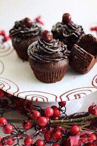 Gaumenschmaus | Schwarzwälder-Kirsch-Cupcakes | http://www.gaumen-schmaus.at