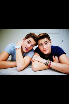 Jack Harries & Finn Harries <3