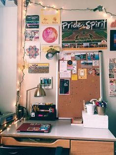 find this pin and more on 4 walls by virtualchic - Dorm Room Desk Ideas