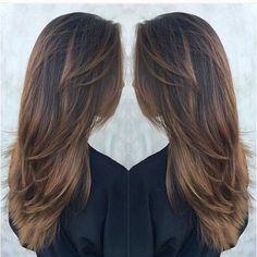 awesome Обаятельная стрижка лесенка на длинные волосы с челкой и без (50 фото) Читай больше http://avrorra.com/strizhka-lesenka-na-dlinnye-volosy-foto/