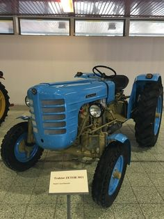 Heavy Machinery, Old Cars, Holland, Milan, Monster Trucks, Tech, Vehicles, Vintage, Tractors