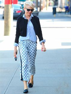 Michelle Williams - like the whole outfit The pants look comfy, relaxed yet stylish