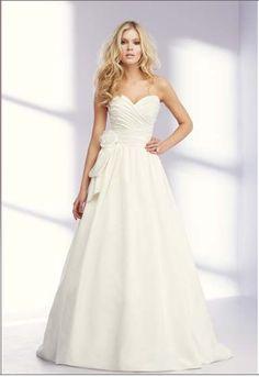 pretty dress! mikaella
