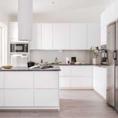 Open Plan Kitchen Dining Living, Tidy Kitchen, Home Decor Kitchen, Interior Design Kitchen, Kitchen Furniture, New Kitchen, Home Kitchens, Minimalist Home Interior, Minimalist Kitchen