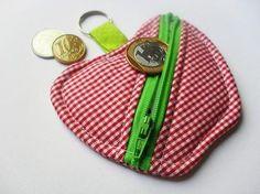 Porta-moedas Chaveiro Maçã