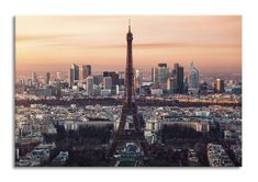 Add a sense of romanticism to your theme with the Eiffel Tower sunset wallpaper, a serene city design for your home space. Paris Wallpaper, Sunset Wallpaper, France Wallpaper, Paris Torre Eiffel, Tour Eiffel, Paris France, Hotel Secrets, Destinations, City Pass