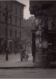 1936. Margit utca - Margit krt. sarok Underground Bunker, Budapest Hungary, Old Pictures, Historical Photos, Cities, Arch, Landscapes, Street View, History