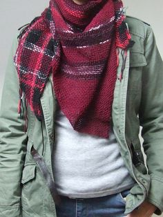 Hey, I found this really awesome Etsy listing at https://www.etsy.com/listing/204984151/wool-triangle-scarf-handwoven-shawl-for