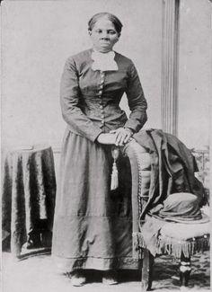 Harriet Tubman: Mit Hilfe einer Geheimorganisation gelang der Sklavin Harriet Tubman 1849 die Flucht aus den Südstaaten. Statt im sicheren Kanada zu leben, kehrte sie heimlich zurück und führte Dutzende Leidensgenossen in die Freiheit. Gedankt wurden ihr die Verdienste um das Ende der Sklaverei erst nach dem Tod.