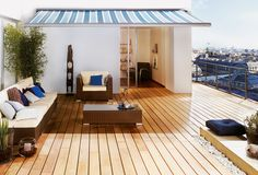 Gardenplaza: Holzpflege – Effektive Reinigung des Terrassenbelags Cool Deck, Deck Design, Decoration, Floor Chair, Flooring, Outdoor Decor, Furniture, Lattes, Home Decor