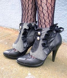 Steampunk shoes! Love!