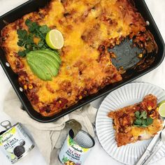 Mexicansk lasagne med kylling Mexican Food Recipes, Ethnic Recipes, Cornbread, Quiche, Foodies, Salsa, Pork, Breakfast, Danish