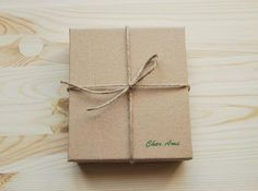 How to Make a Stylish Gift Box of Cardboard – a free tutorial on the topic: DIY Projects ✓DIY ✓Steps-By-Step ✓With photos Diy Gift Box, Make A Gift, Diy Box, Doll Patterns Free, Crochet Rug Patterns, Cardboard Gift Boxes, Diy Cardboard, How To Make Snowflakes, Professional Gifts