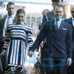 Victoria and Daniel today in Italy 💖 Holding hands 😍  #crownprincessvictoria #princedaniel #victoriaofsweden #danielofsweden  #victoriaanddaniel #sweden #swedenroyalty #swedenroyal #swedenroyals #swedishroyalfamily #swedishroyals #royalsweden #royalfamilysweden #sverige #kronprinsessanvictoria #prinsdaniel #sverigekungafailjen #sverigekungahus #svenskakungafamiljen #svenskakungahuset #kungahuset #kungafamiljen #bernadottefamiljen