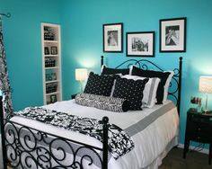 Style Bedroom for Teen Boy with Black White Accent Bedding Design and Turquoise Wall Paint In Blue. 8 bedroom designs in Blue-Black And White Bedding Bedroom Decor Ideas gallery