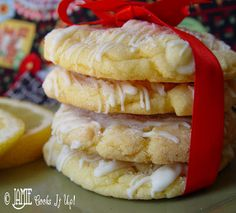Lemon Cookies with White Chocolate