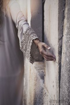 beautiful lace sleeve design