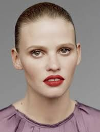Lara Stone photographed by Alasdair McLellan for The Gentlewoman Fall 2012 High Fashion Photography, Glamour Photography, Editorial Photography, Lifestyle Photography, Lara Stone, Protruding Eyes, Deep Set Eyes, Chanel Beauty, Natalia Vodianova
