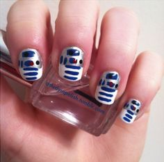 Fanicures 3: R2D2 NAILS! (from xojane)