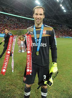 Cech estreia, Arsenal bate Everton e fatura torneio amistoso em Cingapura #globoesporte