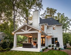 Custom home at 2300 Bay Street in Chantilly (Charlotte, NC). Luxury properties built by local home builder, Grandfather Homes.