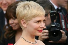 Google Image Result for http://cdn.sheknows.com/articles/2012/03/michelle-williams-pixie-cut.jpg