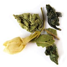 Midnight Blossom Oolong Tea from Tielka - sorbet citrus with softly complex floral and vegetal notes. Reduce Bloating, Healthy Blood Pressure, Oolong Tea, Lower Cholesterol, Sorbet, Notes, Organic, Floral, Report Cards