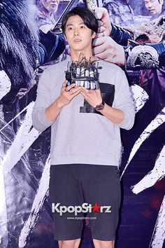 TVXQ's U-Know Yunho at a VIP Premiere of Upcoming Film 'The Pirate' - Jul 29, 2014 [PHOTOS] http://www.kpopstarz.com/articles/101716/20140731/tvxqs-u-know-yunho-vip-premiere-upcoming-film-pirate-jul.htm