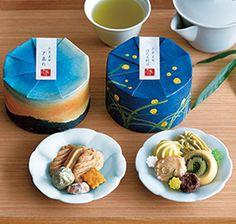 アトリエうかい 夏のクッキー詰合せ(ほたる狩り・夕暮れ)2種セットイメージ Craft Packaging, Cookie Packaging, Food Packaging, Packaging Design, Japanese Candy, Japanese Sweets, Cookie Box, Branding, Dessert Bread
