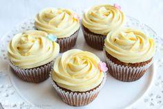 Mini Cupcakes, Snacks, Desserts, Food, Tailgate Desserts, Appetizers, Deserts, Essen, Postres