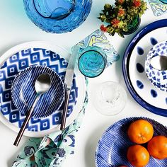 Viva By Vietri Santorini Diamond Salad Plate Blue/white - viva by VIETRI's relaxed-chic style goes international with the charming Santorini Diamond Dinnerware. This beautifully crafted earthenware boasts a gorgeous blue and white pattern inspired by mosaic tiles found in the Greek Isles. - kitchen ideas Mykonos Greece, Santorini, Crete Greece, Athens Greece, Blue And White Dinnerware, Fun Bridal Shower Games, Outdoor Baths, Greek Isles, Earthenware Clay