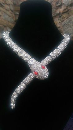 Crystal Clear Stones Snake Rhinestone Silver Gothic Necklace butler wilson style