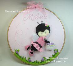 """Porta-Maternidade com uma abelhinha muito """"fashion"""""""