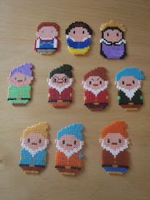 Snow White characters hama beads by nanafieltro Hama Disney, Hama Beads Disney, Diy Perler Beads, Perler Bead Art, Pearler Beads, Fuse Beads, Melty Bead Patterns, Pearler Bead Patterns, Perler Patterns