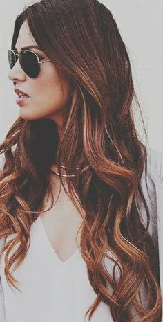 Gorgeous hairstyle. The brown hair color is also the favors, using some clip in hair extension can realize instantly.