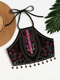 Online shopping for Tribal Print Coin Fringe Detail Halter Top from a great selection of women's fashion clothing & more at MakeMeChic. Teen Fashion Outfits, Diy Fashion, Ideias Fashion, Girl Outfits, Casual Outfits, Cute Outfits, Womens Fashion, Ankara Fashion, Crop Top Outfits