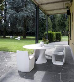 Sign Matt, S table @ Private house Milano #mdfitalia #outdoor #outdoorfurniture