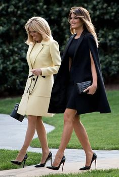 First Lady Melania Trump & Brigitte Macron of France Fashion Mode, Look Fashion, Womens Fashion, High Fashion, Milania Trump Style, Mode Outfits, Fashion Outfits, First Lady Melania Trump, Melania Trump Dress