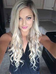 Gorgeous blonde waves