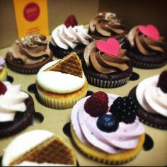Home And Garden, Cupcakes, Desserts, Tailgate Desserts, Cupcake Cakes, Deserts, Postres, Dessert, Cup Cakes