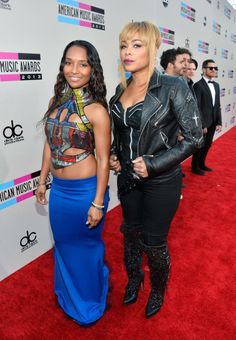 Happy Monday Braves !!! Come Take A Look At The Highlights From The 2013 #AMAs: Performances, Best &Worst Dressed List, & More !!! bravechica.com/... #TLC #amas #2013 #redcarpet #fashion #style #trends #music @BraveChica #latinablogger #wardrobestylist Chilli and T-Boz